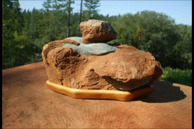 Murphys Stone on Mahogany Daiza