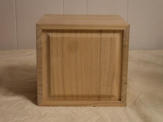 Kiri wood box
